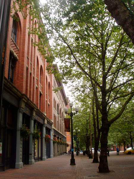 This image has an empty alt attribute; its file name is Pioneer-Square.jpg